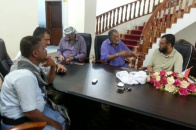الرئيس الزبيدي وأعضاء المجلس الانتقالي يلتقون بالشيخ أحمد المريسي