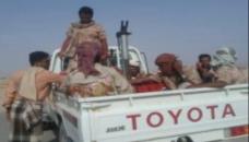 عضو بالمجلس الانتقالي الجنوبي يزور مواقع قوات النخبة الشبوانية