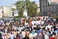 Citizens of Aden the capital confirm in massive march their support to the Transitional Council and its choices in restoring the state and fighting government corruption