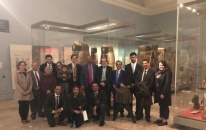 President Al-Zubaidi visits the Arab South Section at the British Museum in London