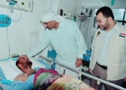 President Al-Zubaidi visits the wounded in the hospitals of Aden the capital