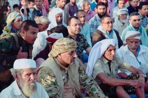 President Al-Zubaidi performs Eid Al-Fitr prayers with the people in Dhalea