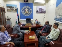 Major General Ben Brik meets Professor Al-Amoudi former Chancellor of the University of Aden