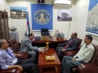 Major General Ben Brik meets Professor Al-Amoudi former Chancellor of the University of Aden