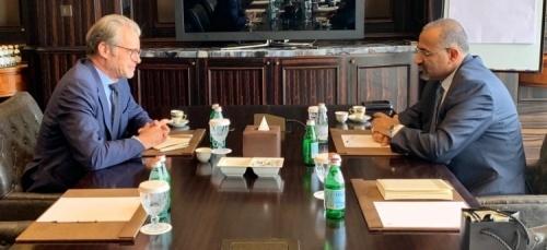 President Al-Zubaidi meets the French Ambassador to Yemen