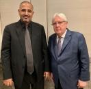 President Al-Zubaidi meets UN Special Envoy to Yemen Martin Griffith
