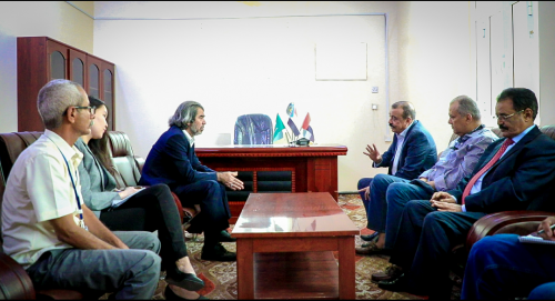 Chairman of the National Assembly meets Office Director of UN Envoy in Aden the capital