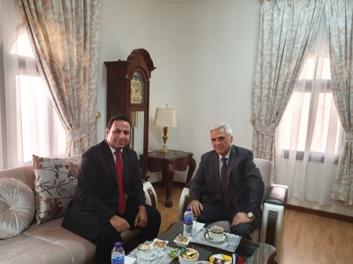 Transitional Council Foreign Affairs Representative meets Russian Ambassador to Yemen