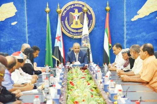 President Al-Zubaidi meets with the Southern Teachers and Educators Syndicate