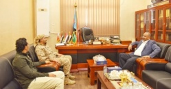 President Al-Zubaidi meets with the Commander of Military Police in Aden the capital