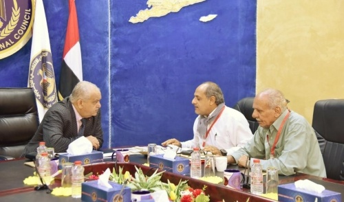 Al-Wali discusses preserving historical monuments in Aden the capital