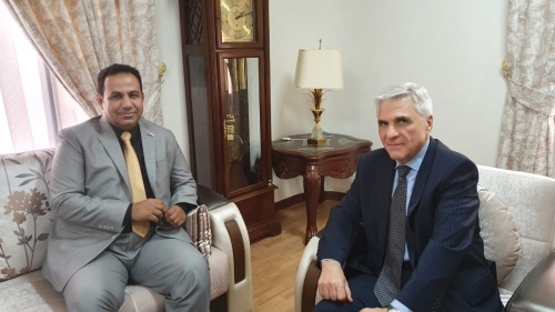 Representative of Transitional Council Foreign Affairs Al-Shabahi meets Russian ambassador to Yemen