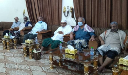 Transitional Council local leadership in Hadramout discuss with governor of Hadramout latest developments in Hadramout and South