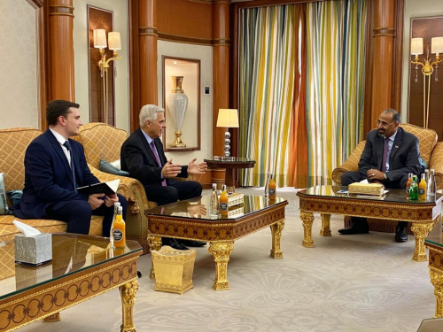 President Aidaroos Al-Zubaidi receives the Russian Ambassador to Yemen