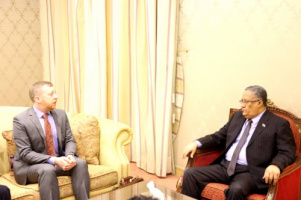 Al-Khobaji receives the political and economic official at the US embassy