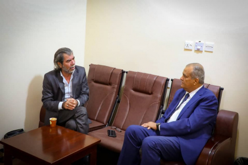 Shatara and Sooki meet with Martin Griffiths' office director in Aden the capital