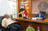 Al-Khobaji discusses with bin Al-Sheikh Abu Bakr latest developments in Hadramout