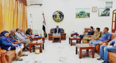 Al-Khobaji discusses with members of High Coordination Council for Forcibly Discharged Retirees ways to resolve their cases