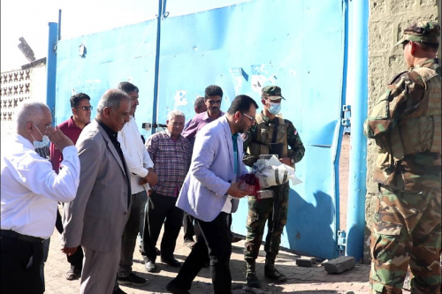 Al-Kaf lays wreath at martyrdom site of Sheikh of Martyrs Major General Ali Nasser Hadi