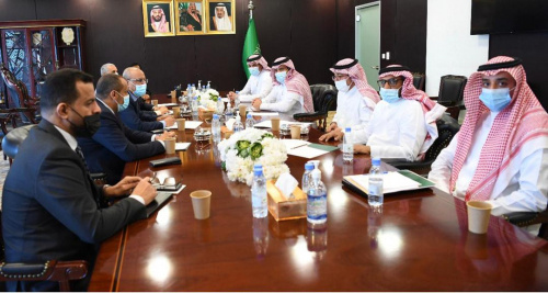 Negotiating delegation of the Transitional Council meets Ambassador of Custodian of the Two Holy Mosques to Yemen