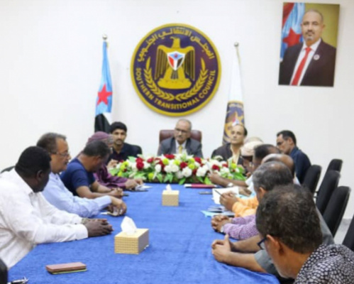 Al-Jaadi urges community committees in Aden the capital to unite efforts with local authority to serve citizens