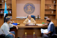 President Al-Zubaidi meets head of Abyan University coordinating and head of its Students Affairs Department