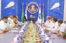 President Al-Zubaidi chairs joint meeting of Public Committee in National Assembly and Public Department in General Secretariat