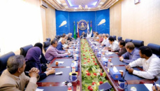 President Al-Zubaidi chairs meeting of Transitional Council Executive in Aden the capital and stresses on approaching citizens and their suffering